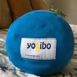 Magnificent Yogibo Bolster Pillow The Ultimate Bean Bag Creativecarmelina Interior Chair Design Creativecarmelinacom